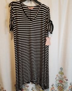 Nwt black and white striped super soft dress